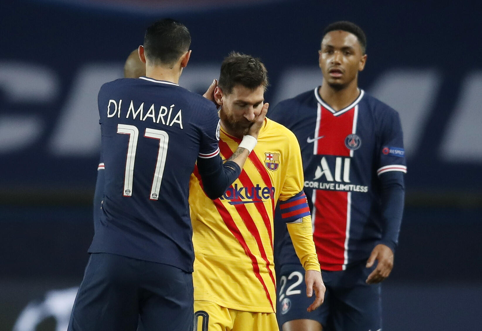 2021-03-10T215656Z_1778784059_UP1EH3A1OYWKK_RTRMADP_3_SOCCER-CHAMPIONS-PSG-FCB-REPORT