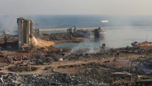 Porto de Beirute ficou devastado pelas duas explosões de 4 de Agosto de 2020.