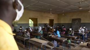 Les élèves maliens en classes d'examen ont repris les cours  le mardi 2 juin 2020.