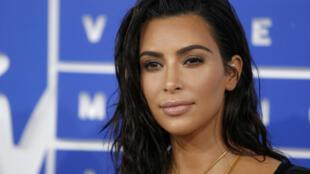 Dezesseis pessoas detidas em Paris por roubo de joias de Kim Kardashian