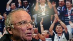 Les commentaires de Thierry Roland ont marqué plusieurs générations d'amateurs de sport en France.