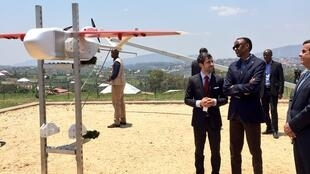 This photo of Rwandan president Paul Kagame launching a drone on October 14, 2016 in Muhanga District was taken by Cedric Kagimbanyi (@kagcedRW) and shared on Twitter