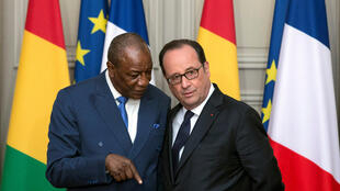 O Presidente François Hollande recebeu, no Eliseu, o seu homólogo guineense, Alpha Condé - 11 de Abril de 2017