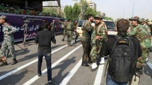 伊朗阅兵式遭突然袭击   至少29人死亡      2018年9月22日