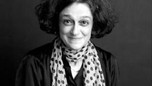 Bahiyyih Nakhajavani est une romancière d'origine iranienne, auteur de trois romans à succès.
