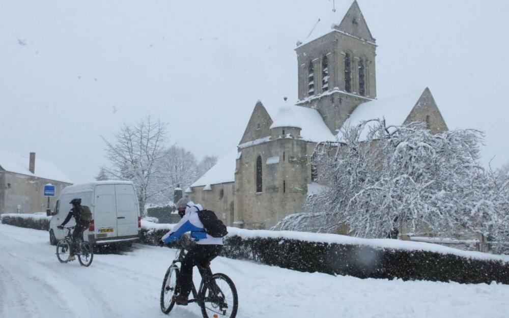 法國氣象局發布風雪天   29日晚和30日,43個省份被劃為風雪、霜凍橙色預警區