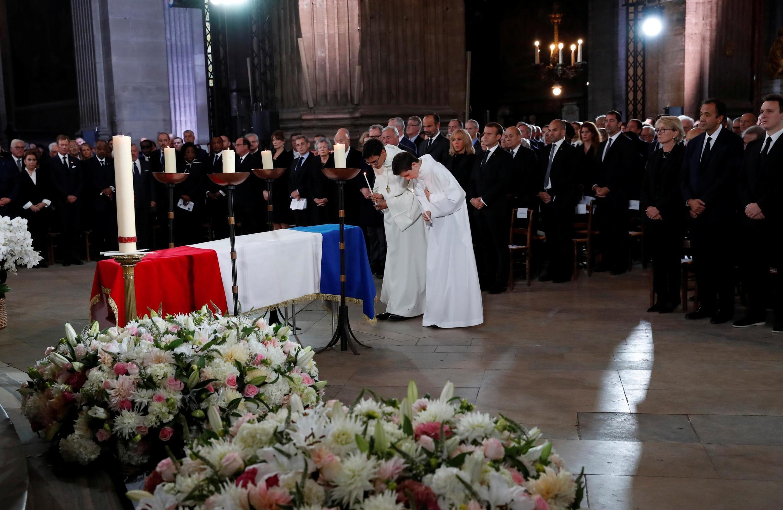 مراسم رسمی ادای احترام ملی به ژاک شیراک به ریاست امانوئل ماکرون، رئیس جمهوری کنونی، در «کلیسای سن سولپیس» برگزار میشود.