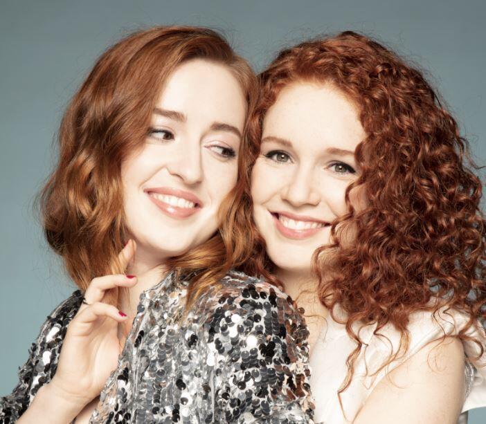 Camille et Julie Berthollet.