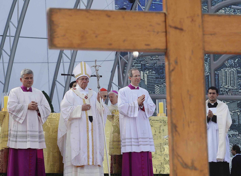 ). Đức Giáo hoàng Phanxicô tại Copacabana ngày 28/07/2013.