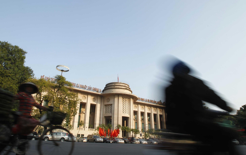 Trụ sở Ngân hàng Nhà nước Việt Nam - Hà Nội (REUTERS)