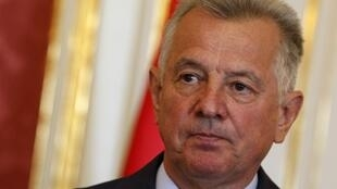Tổng thống từ nhiệm của Hungary Pal Schmitt.