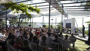 Cérémonie du souvenir des victimes du vol AF447 à Rio, le 7 novembre 2009