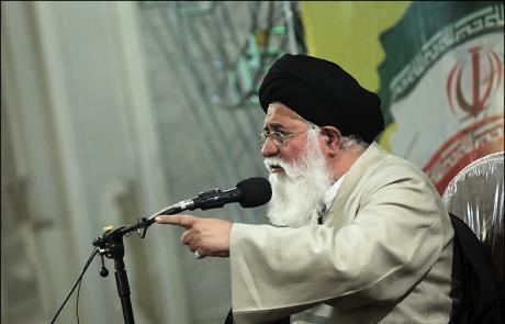 آیتالله احمد علم الهدی، امام جمعه مشهد و عضو مجلس خبرگان رهبری
