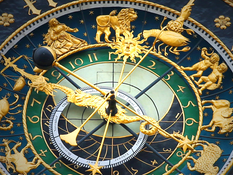 astronomical-clock-408306