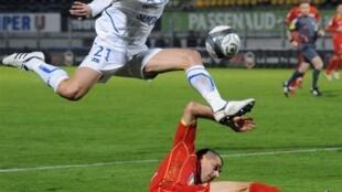Daniel Niculae et l'AJ Auxerre ont le vent en poupe en Ligue 1.
