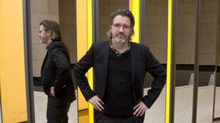 La première exposition commandée pour la nouvelle Fondation Louis Vuitton vient d'être inaugurée. Il s'agit de plusieurs installations d'Olafur Eliasson.