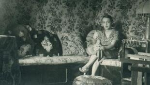 La pequeña Marguerite Duras todavía viviendo en la Cochinchina.