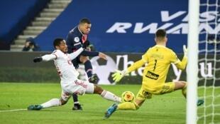 Kylian Mbappé in action for PSG against Brest.