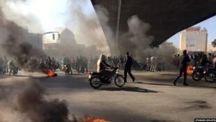 خیزش بزرگ اعتراضی ابانماه در ایران