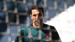 Gianluigi Buffon a joué son 648e match de Serie A lors de la rencontre entre la Juventus et le Torino, le 4 juillet 2020.
