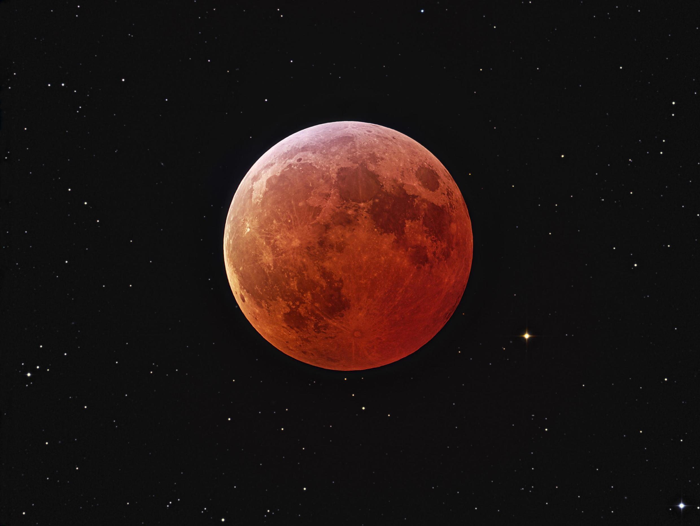 Foguete indiano tentará realizar o pouso na face oculta da Lua.