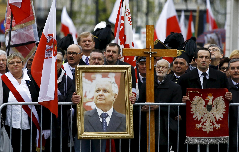 Церемония памяти жертв авиакатастрофы под Смоленском, Варшава, 10 апреля 2016 г.