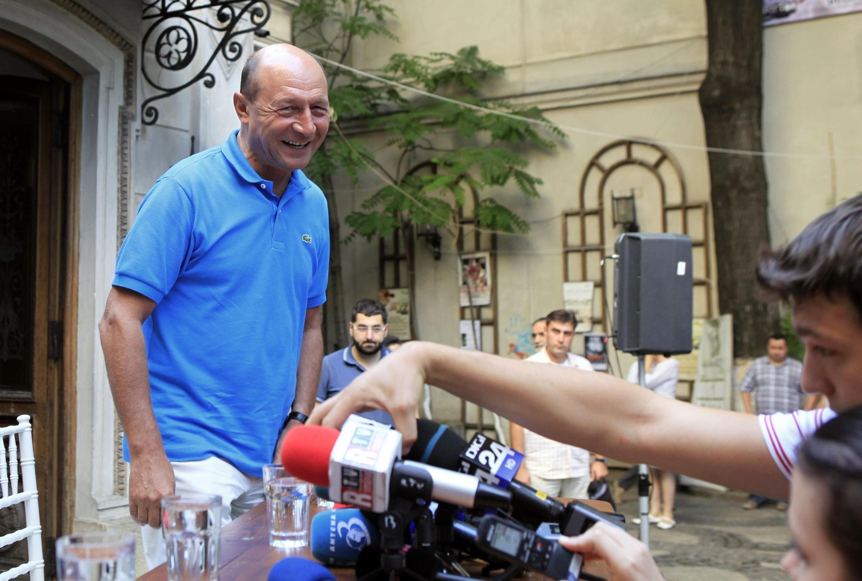 Tổng thống Rumani bị treo chức Traian Basescu gặp gỡ cử tri, Bucharest, 18/07/2012