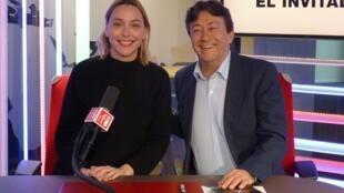 Judith Jáuregui con Jordi Batallé en el estudio 151 de RFI