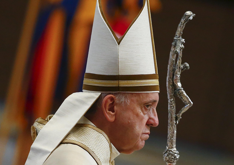 Французские епископы действуют в соответствии с политикой папы Франциска, направленной на борьбу с педофилией.