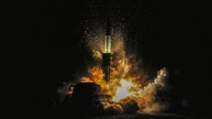 Запуск ракеты «Хвансон-15» в КНДР. 29 ноября 2017