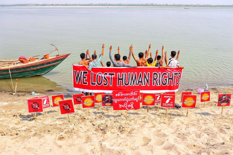 Birmanie - 2021-03-20T095420Z_1582540730_RC2XEM9802Y6_RTRMADP_3_MYANMAR-POLITICS