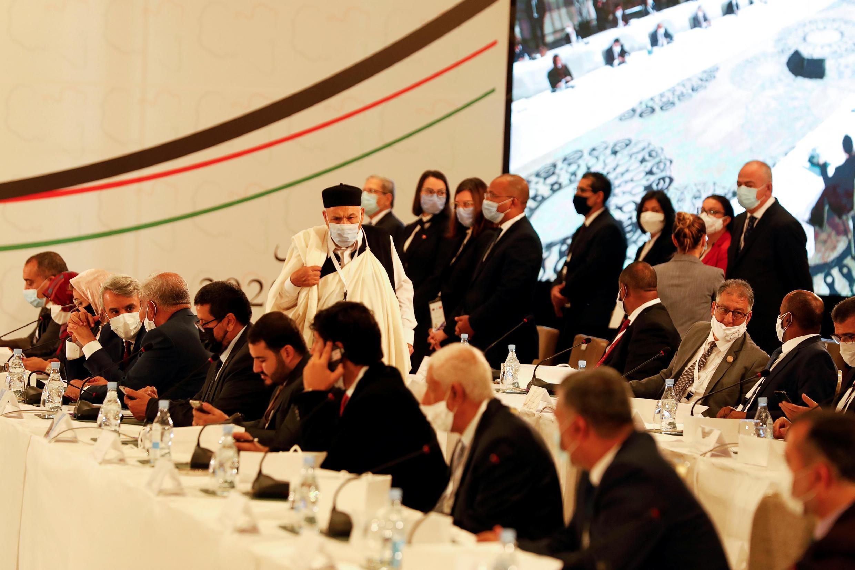 Les participants au Forum du dialogue politique libyen. Le 9 novembre 2020 à Tunis
