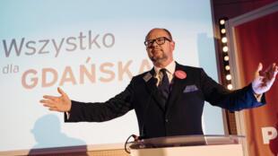 Мэр Гданьска Павел Адамович на митинге 27 октября 2018 г.