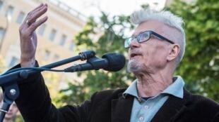 L'opposant et écrivain russe Edouard Limonov lors d'un meeting le 31 mai 2014 à Moscou.