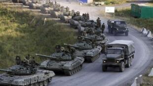驻扎在俄乌边界的俄罗斯装甲部队