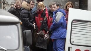 Les familles des victimes de l'attentat du Nevski Express se sont rendues sur les lieux du drame pour identifier les corps.