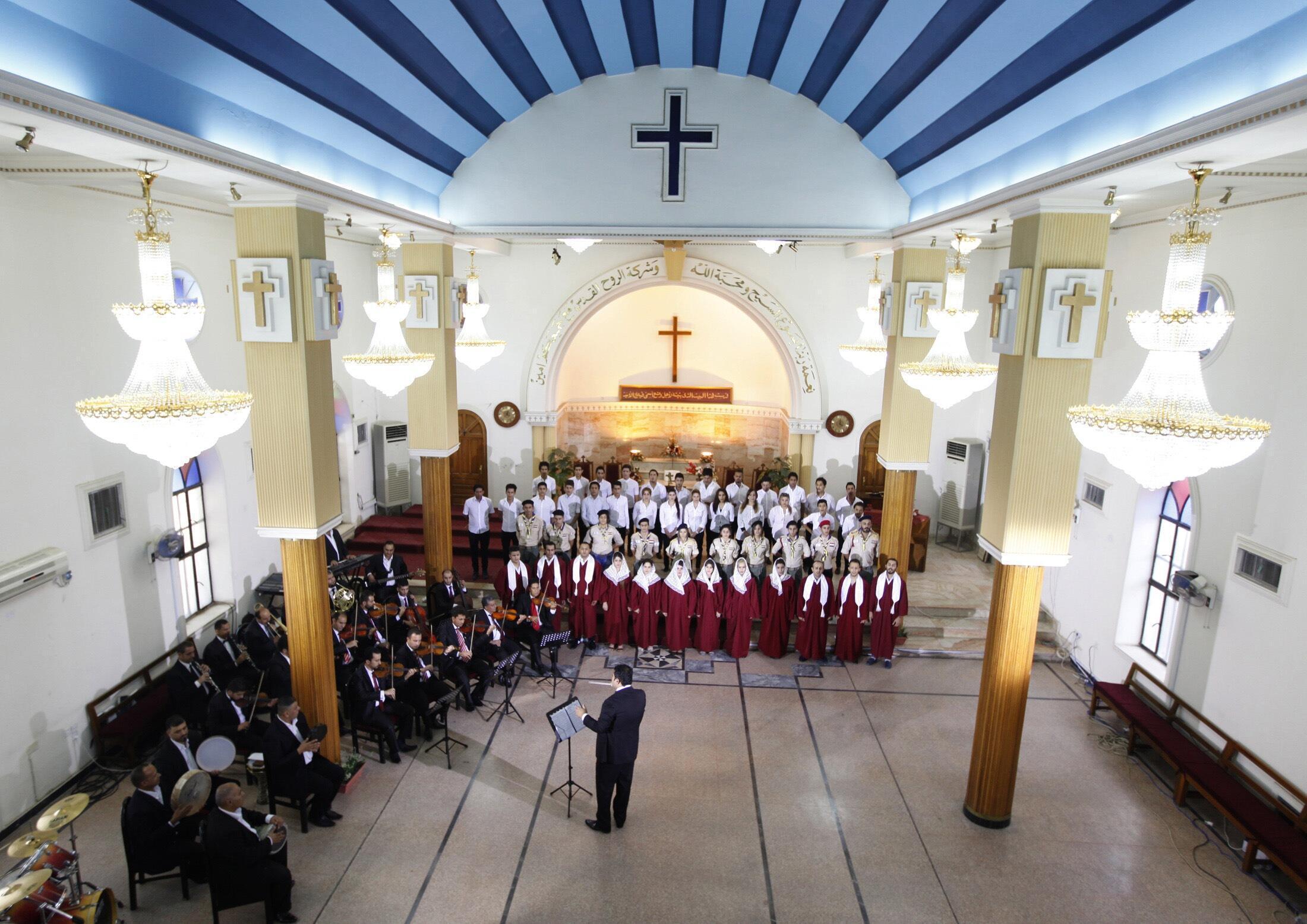 نیایش در کلیسای بغداد. ٢١ ژوئیه ٢٠١٤