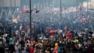 Aspecto da manifestação parisiense dos funcionários a 22 de Maio de 2018.