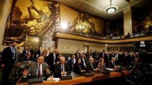 نمایندگان اپوزیسیون سوریه در کمیته تدوین قانون اساسی