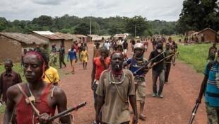 Des anti-balaka à Gamba, en Centrafrique, en 2017.
