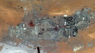 Imagem de satélite da refinaria de In Amenas.