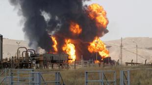 در حمله داعش  به دو تأسیسات گاز و نفت در شمال عراق، دستکم پنج نفر کشته شدند.