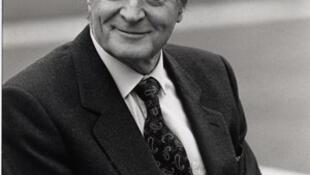 Roland Dumas