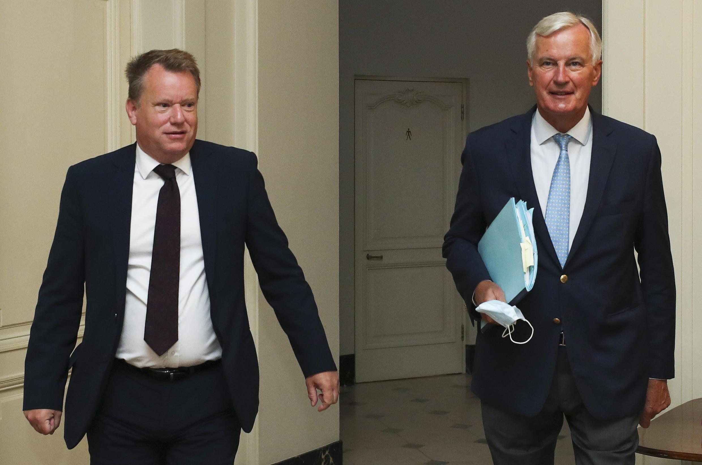 Le négociateur en chef de l'UE Michel Barnier aux côtés du conseiller du Premier ministre britannique sur l'Europe David Frost à Bruxelles le 21 août 2020.
