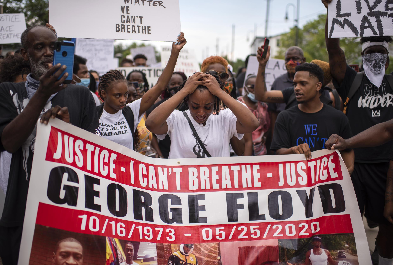 Manifestación en Houston, Texas, el sábado en reacción a la muerte de George Floyd durante un arresto policial