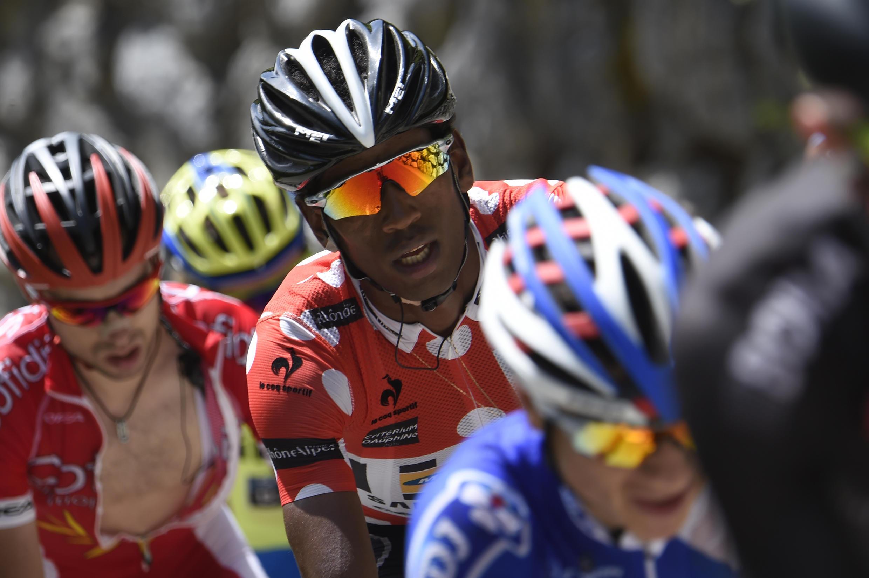 Daniel Teklehaimanot (c), lors du Critérium du Dauphiné en juin 2015.