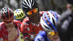 Daniel Teklehaimanot (c) lors du Critérium du Dauphiné en juin 2015.