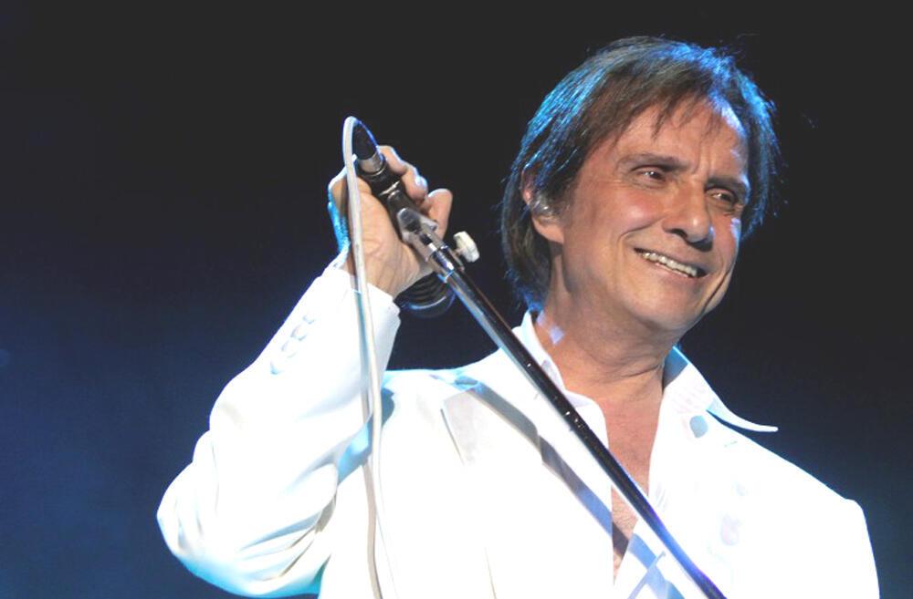 Ca sĩ kiêm tác giả Roberto Carlos nhân đợt lưu diễn tại Nam Mỹ 2010