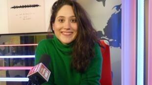 Laia Abril en los estudios de RFI