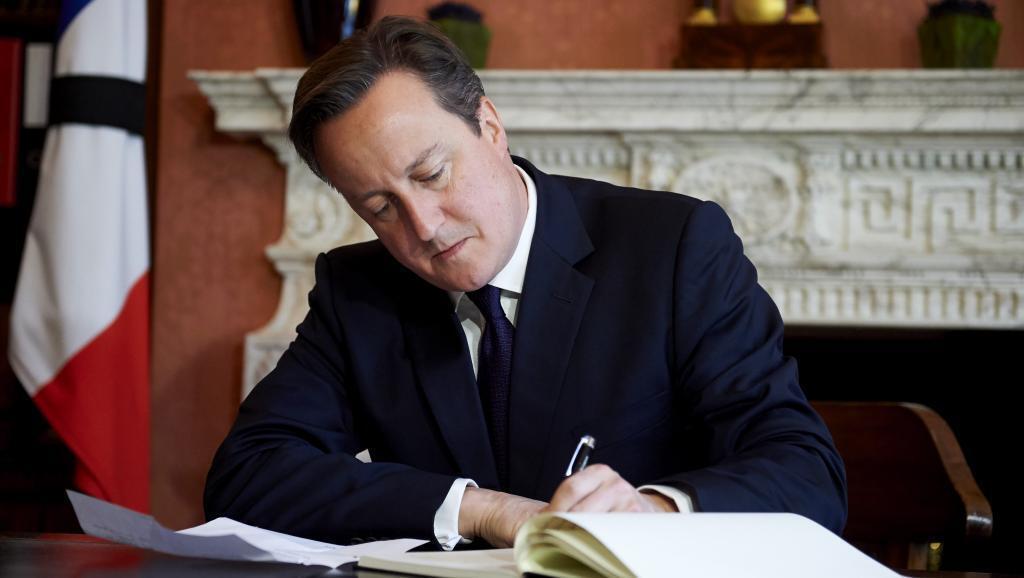 """Gia đình thủ tướng Anh David Cameron cũng bị lôi vào dòng xoáy """"Panama Papers""""."""